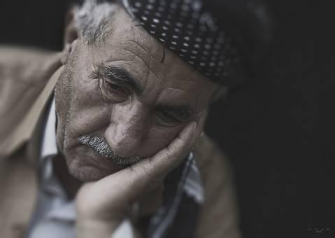 La depressió en la gent gran - 0ca69-man-1284515_1280.jpg