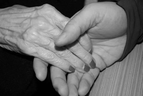De quina manera ens pot ajudar una cuidadora a domicili?  - 638c6-Servei_a_domicili_ASISgran.jpg